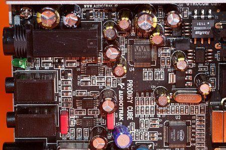 comp_Audiotrak_Prodigy_Cube-17.jpg
