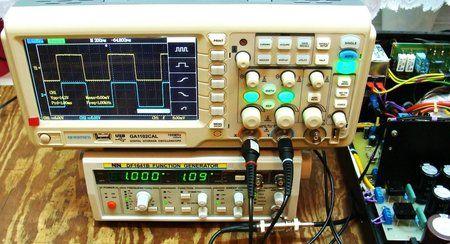1 KHz Vpp 14,2V - 8 ohmw trybie Triody.JPG