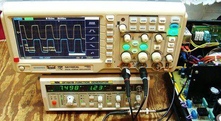3) 7,498 KHz Vpp 14,8V - 8 ohm w trybie Triody.JPG