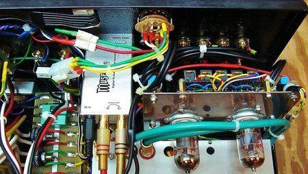 1) Na panelu tylnym zamontowany 4 pozycyjny przełącznik USZ.JPG