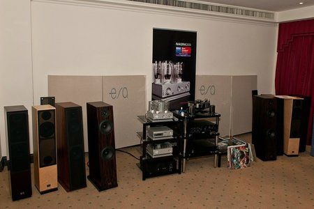 comp_AudioShow2011-519.jpg