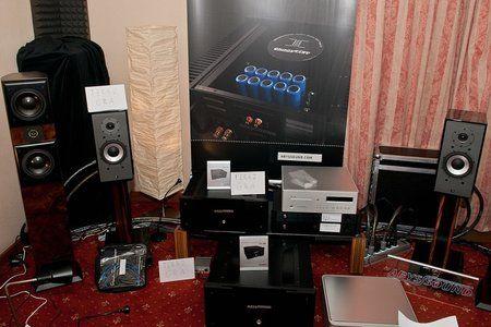 comp_AudioShow2011-283.jpg