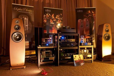 comp_AudioShow2011-420.jpg