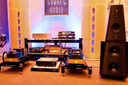 comp_AudioShow2011-390.jpg