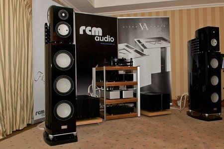 comp_AudioShow2011-490.jpg