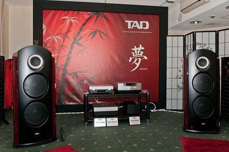 comp_AudioShow2011-620.jpg