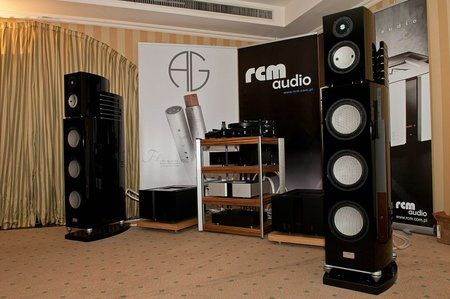 comp_AudioShow2011-486.jpg