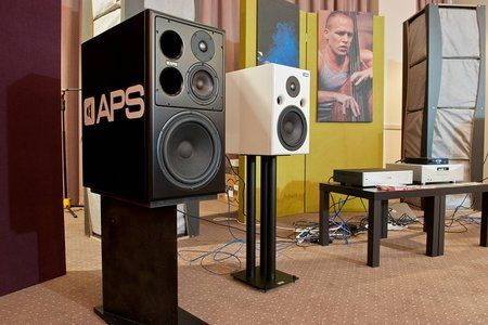 comp_AudioShow2011-417.jpg