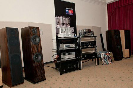 comp_AudioShow2011-513.jpg