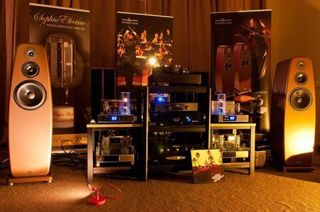 comp_AudioShow2011-422.jpg