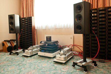 comp_AudioShow2011-5.jpg