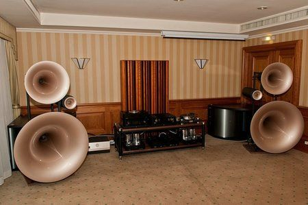 comp_AudioShow2011-485.jpg