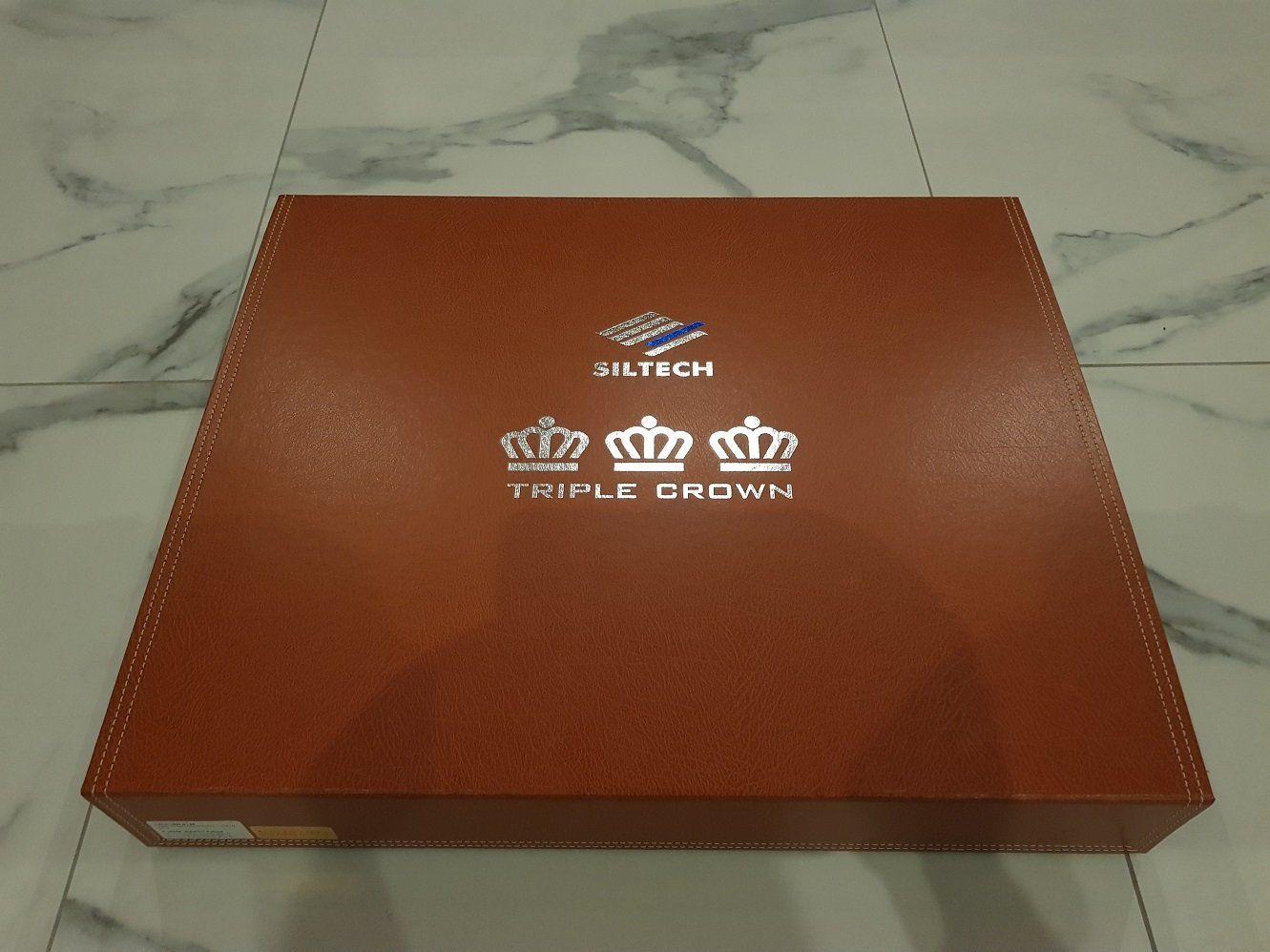Siltech triple Crown - Król jest nagi