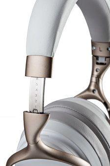 denon_AH-GC30_headphones_studio_white_002.jpg